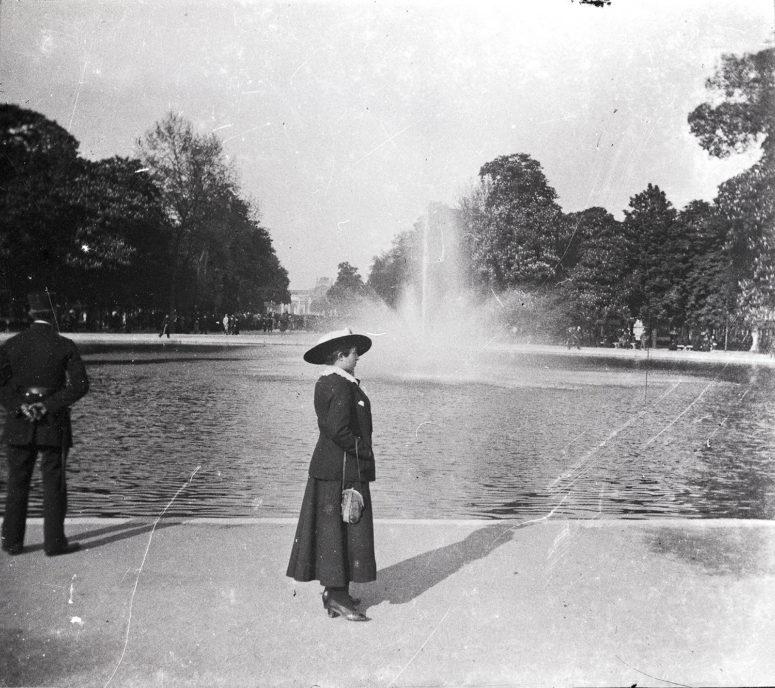 Bassin au Jardin des Tuileries
