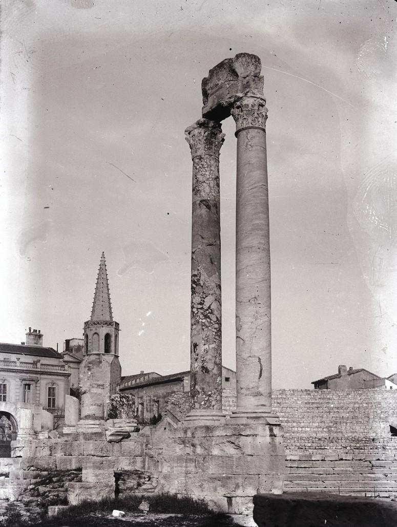 Arles, le théatre