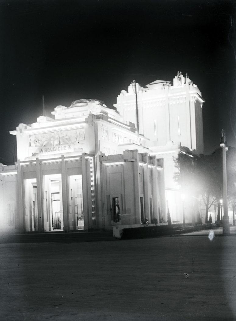Pavillon de la Belgique de nuit
