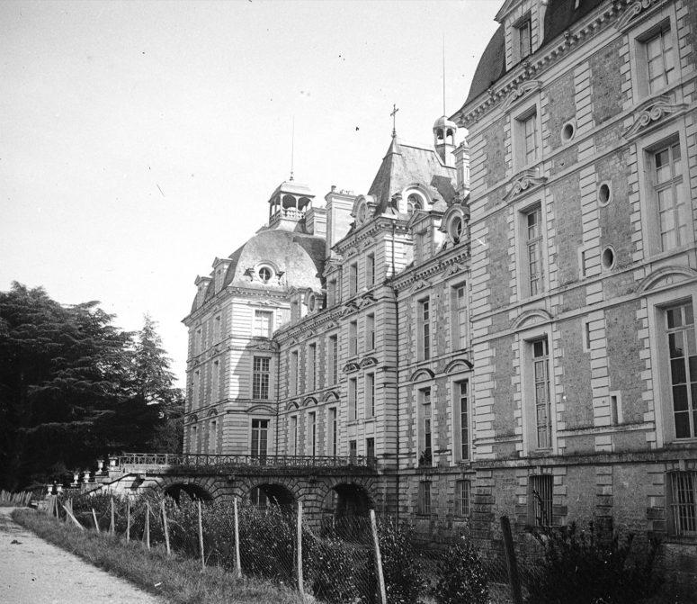 Château de Cheverny, façade sur les jardins