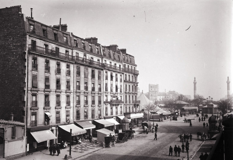 La place de la Nation depuis la rue du Fb-St-Antoine