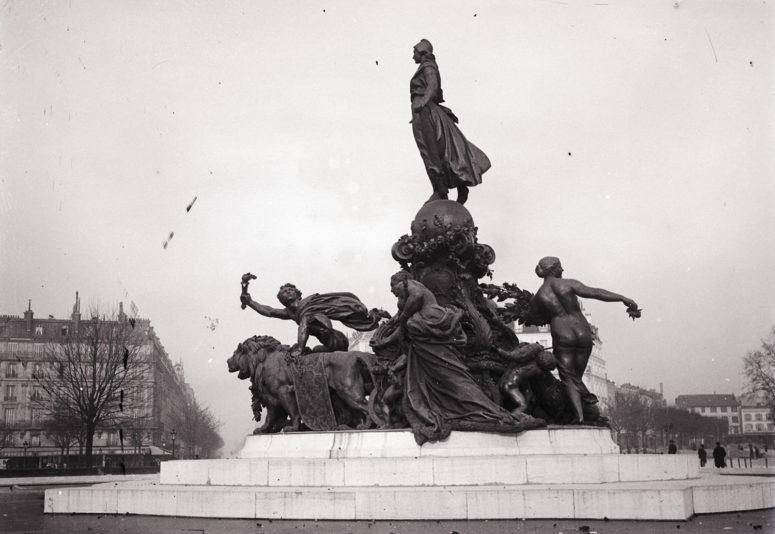 Place de la Nation, le Triomphe de la République
