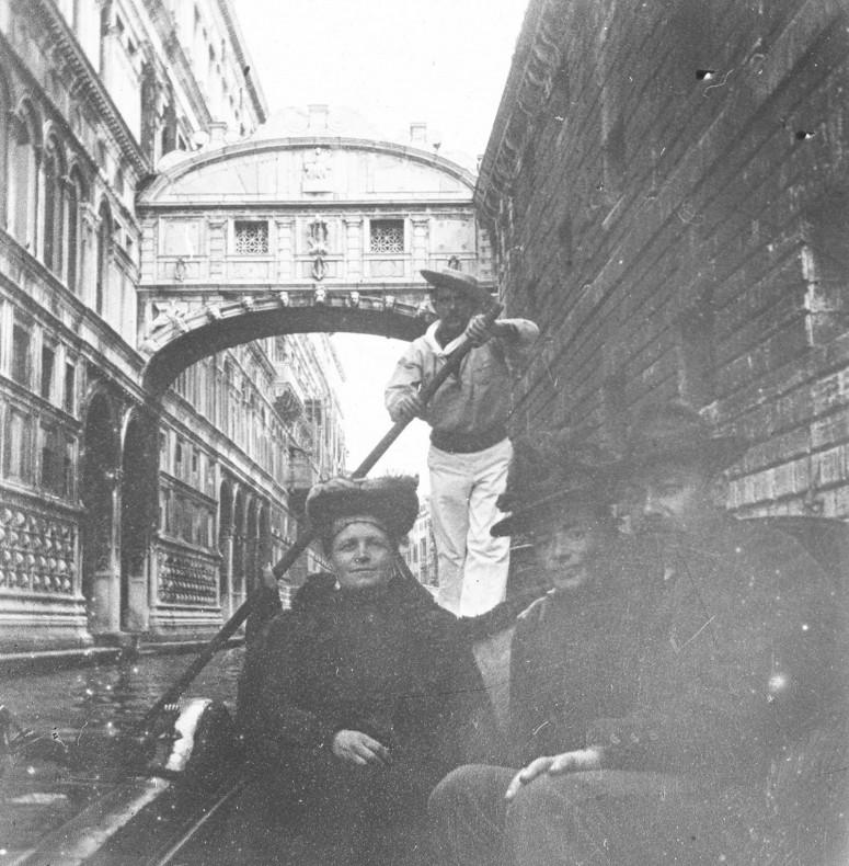 Venise - Sous le Pont des Soupirs