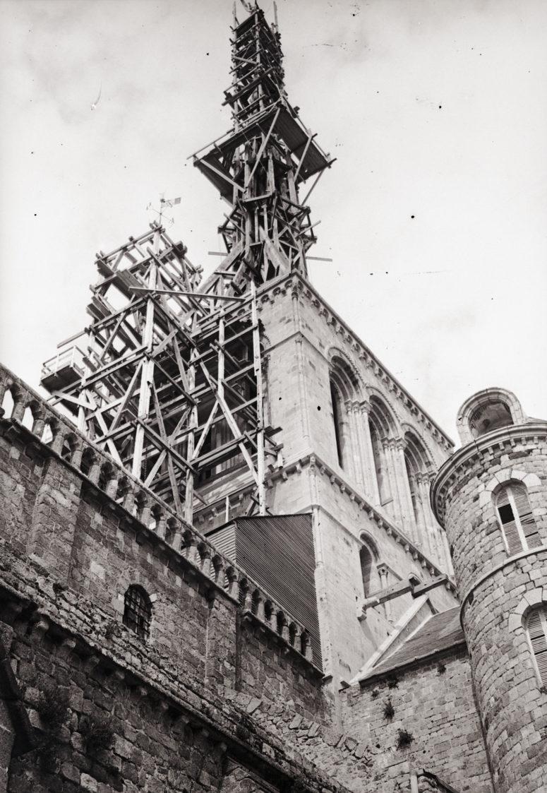 Construction de la flèche