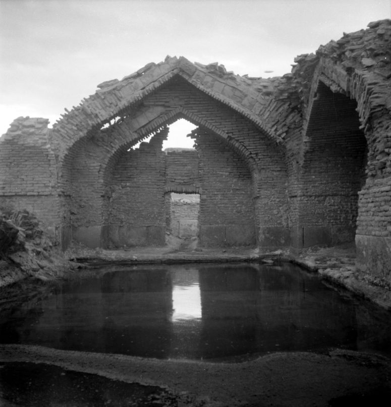 Ab-garm de Sagzi, salle des piscines