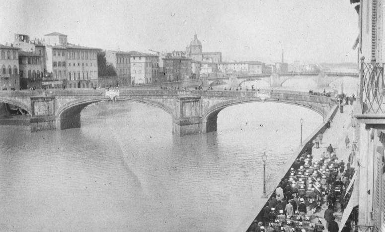 Pont Santa Trinita, Florence