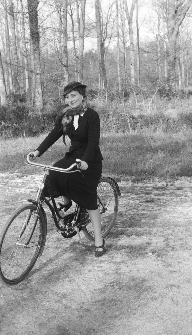 Bernadette Hédiard, championne du monde de biathlon vélo-chasse au vison