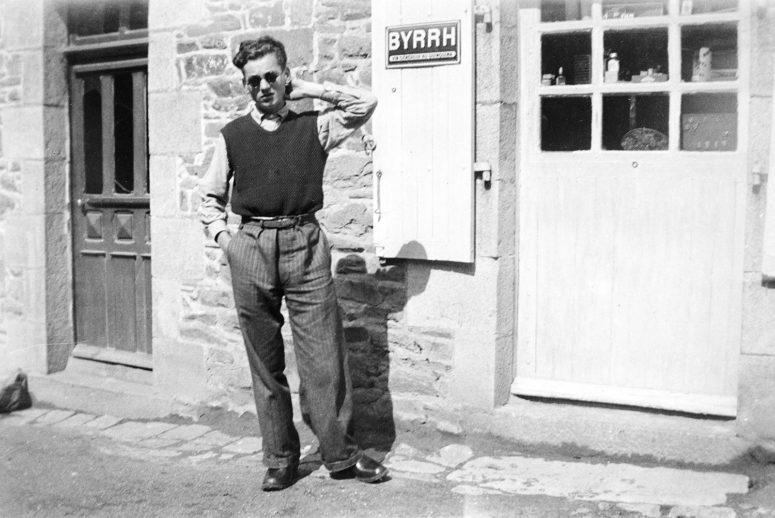 Jeune homme années 40