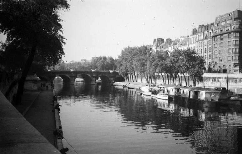 Pêcheurs sur les bords de la Seine