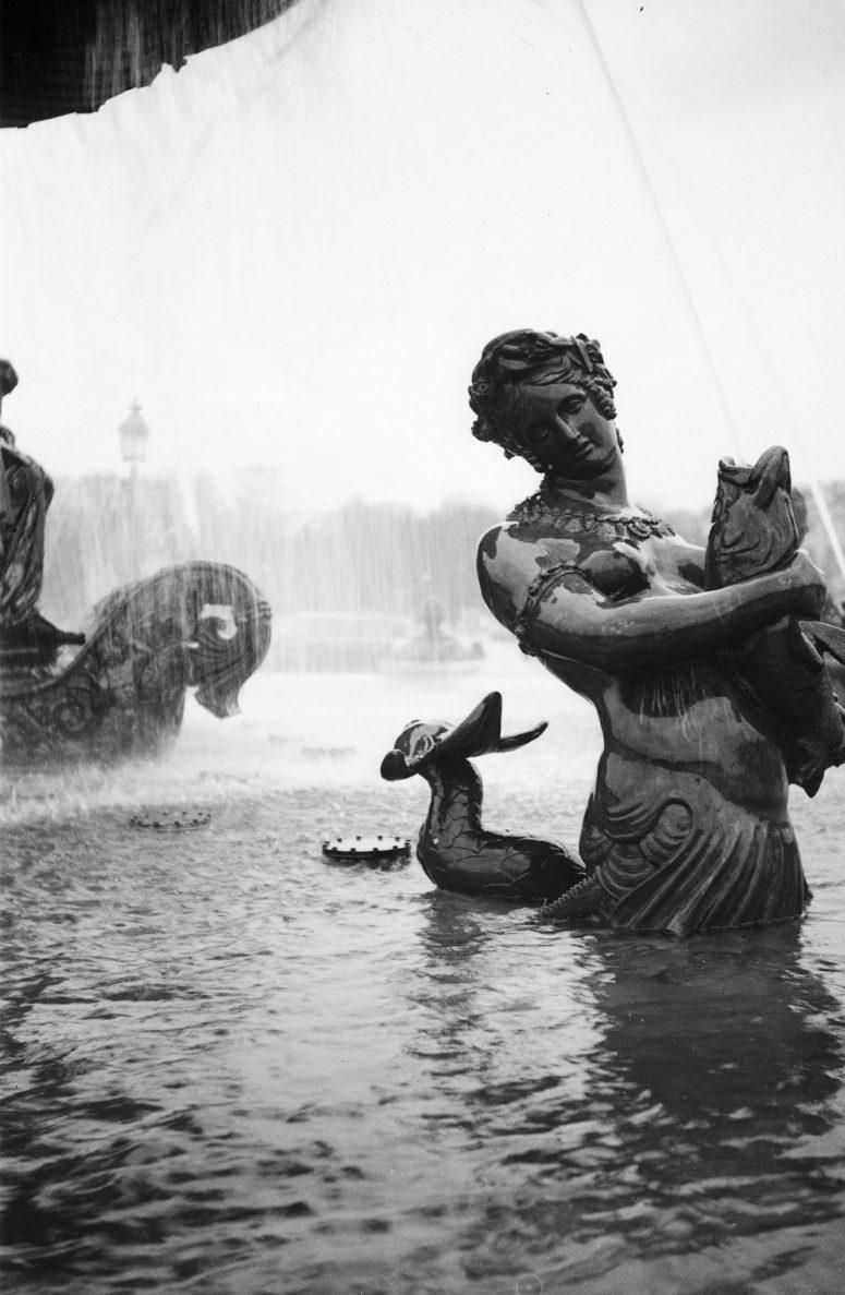 Une des fontaines de la place de la Concorde