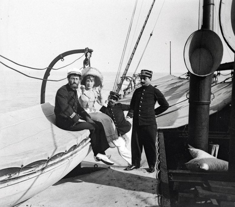 Photographie prise sur un bateau vers 1900-1910