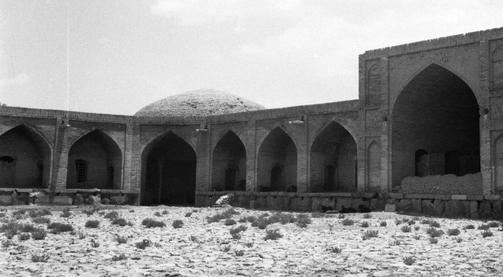 Vues d'Iran, caravansérails