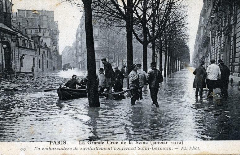 Un embarcadère de ravitaillement boulevard Saint-Germain