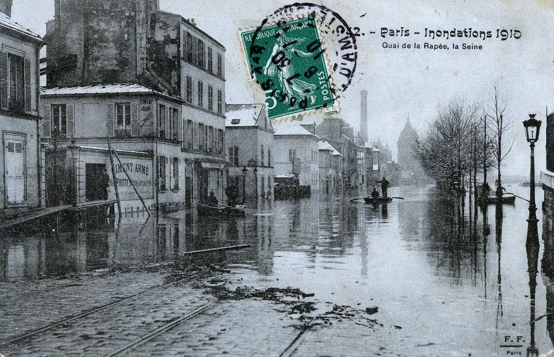 la crue de la seine  u00e0 paris  1910  en cartes postales  u2014 le