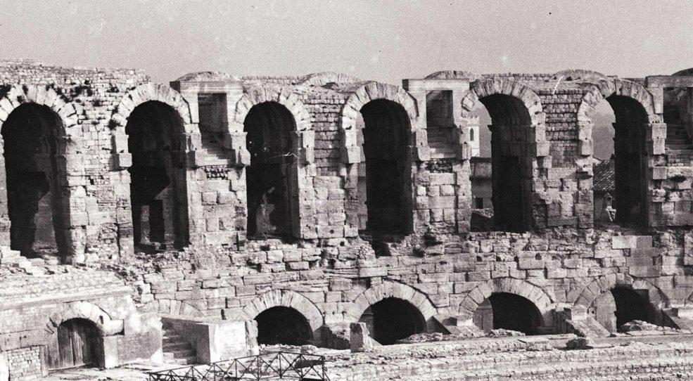 De Nîmes à Arles en passant par Tarascon