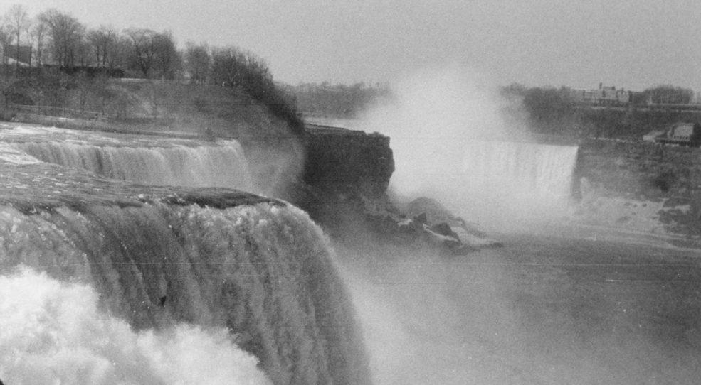 Les chutes du Niagara, Montréal et Trois-Rivières