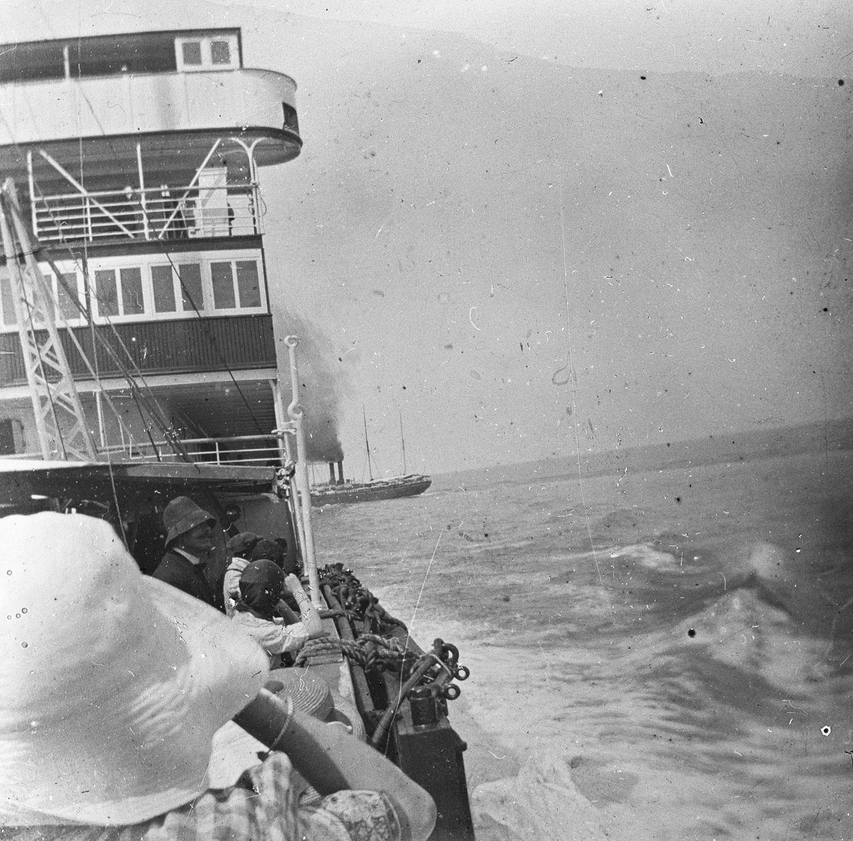 Notre voyage sur le P..; Lec... 1913 en Mer rouge