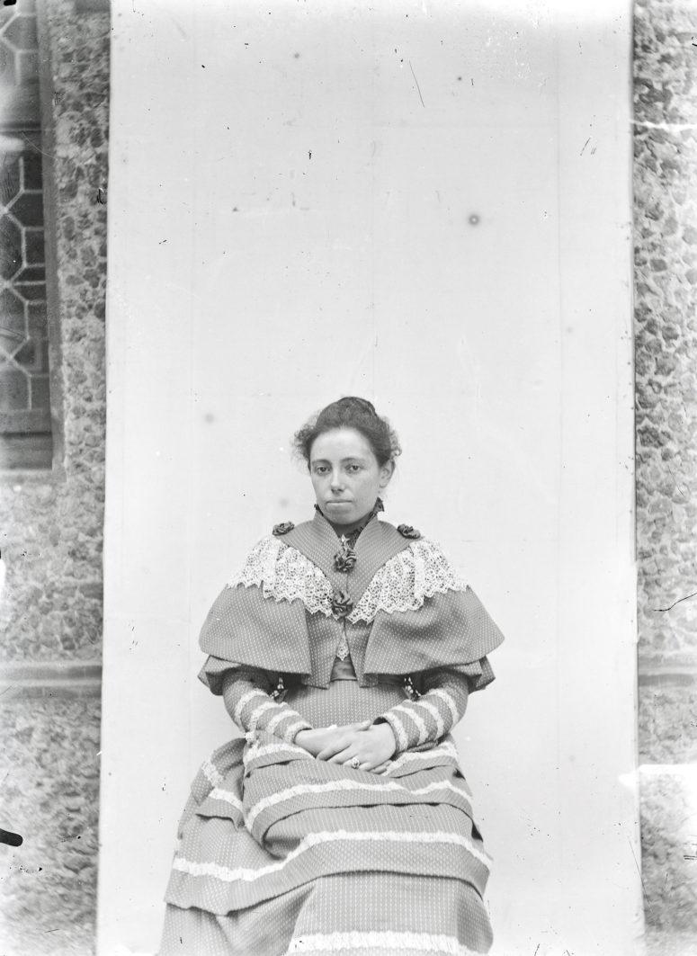 robe et cape assorties, années 1890