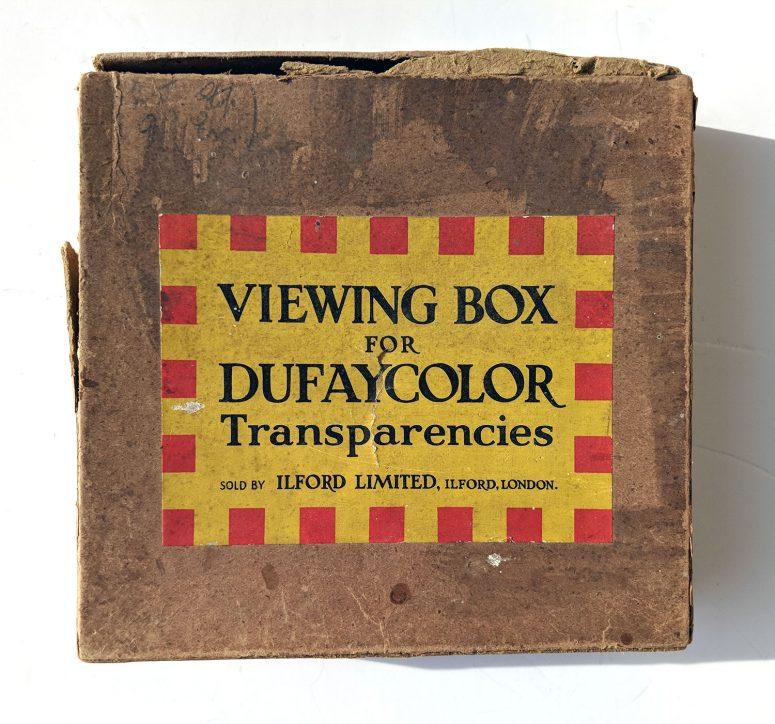 La boite de la visionneuse Dufaycolor